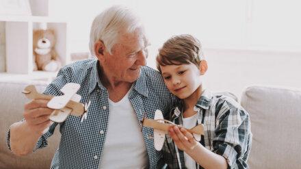 Keine zwingende Erbeinsetzung der Enkel, wenn der zum Schlusserben eingesetzte Sohn vor dem überlebenden Elternteil stirbt